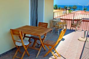 Holiday apartment with sea view and balcony in Sicily