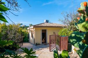 Holiday house Sicily Casa del Limoneto